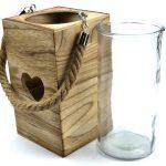 Lanterna in legno naturale e vetro