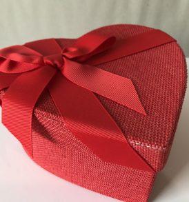 3 Scatole cuore multiuso rivestite in stoffa rossa