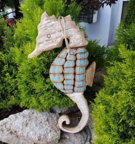 cavalluccio marino in legno