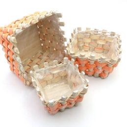 Tris di Cesti in Vimini Quadrati colore Oranges/Bianco