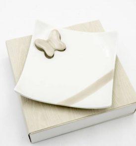 Bomboniera Piattino in Ceramica con Particolare Farfalla