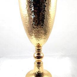 Coppa in metallo oro per allestimenti floreali
