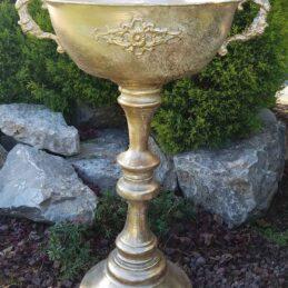 Coppa oro alta per addobbi