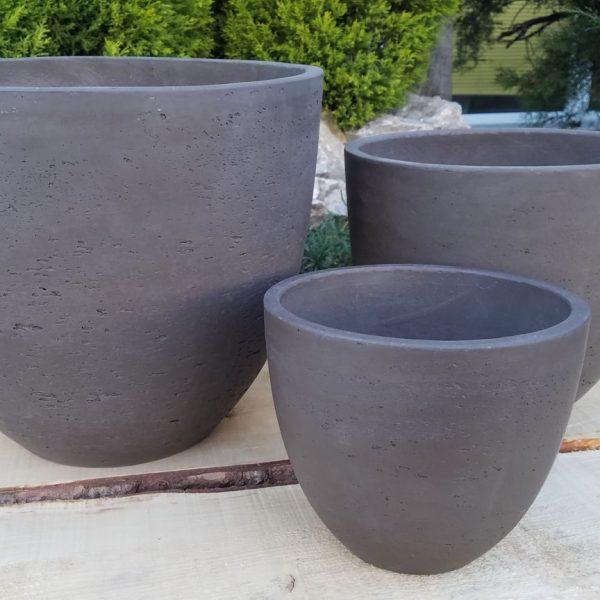 Vasi in terracotta grigi perallestimenti esterni for Vasi in terracotta prezzi