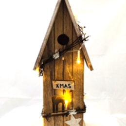 Casetta in legno natalizia